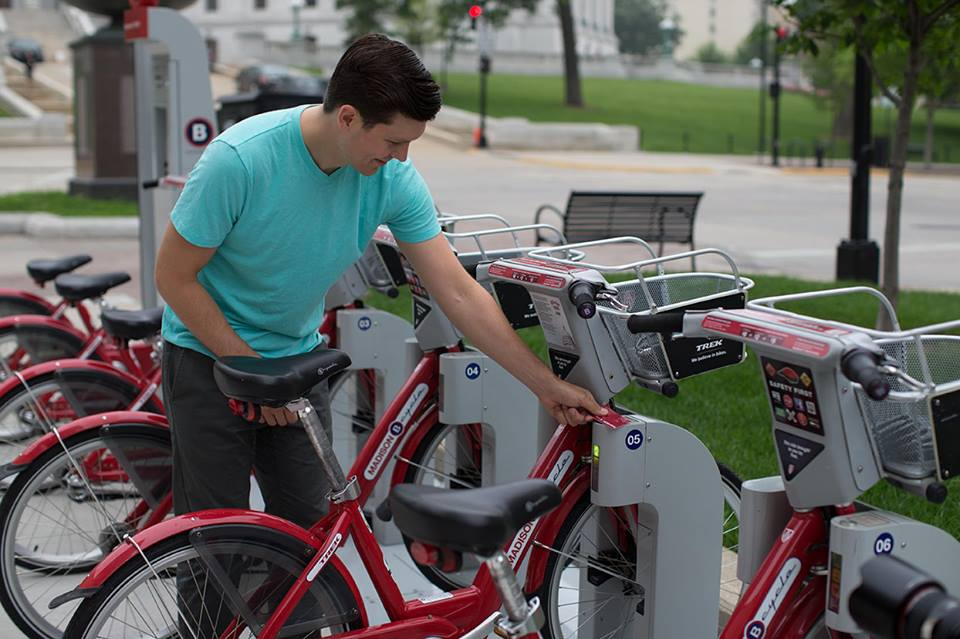 b-cycle-station