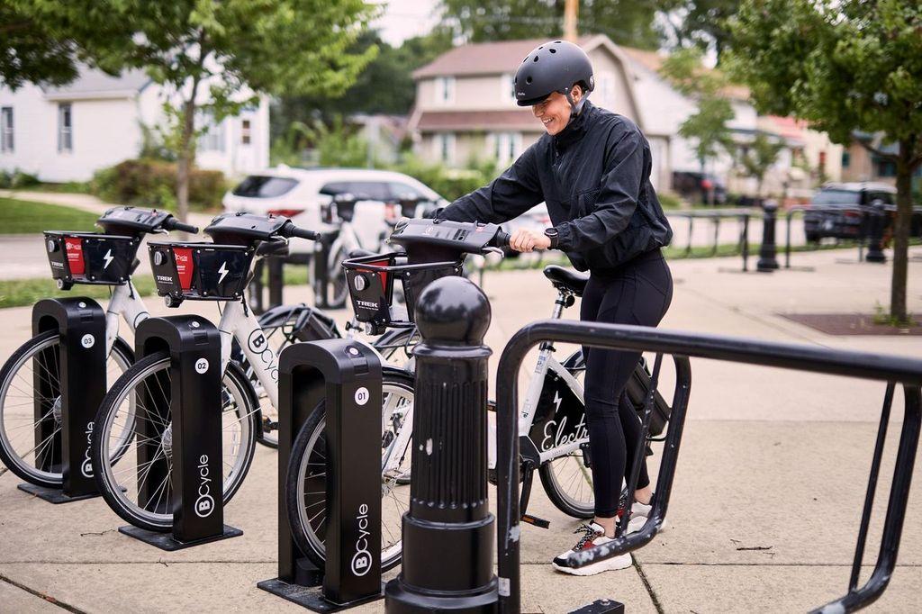 Emily Parking Bike (2)